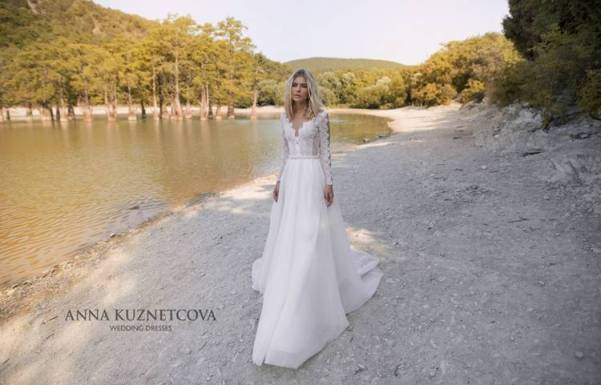kuznetcova-2019-spring-bridal-collection-094