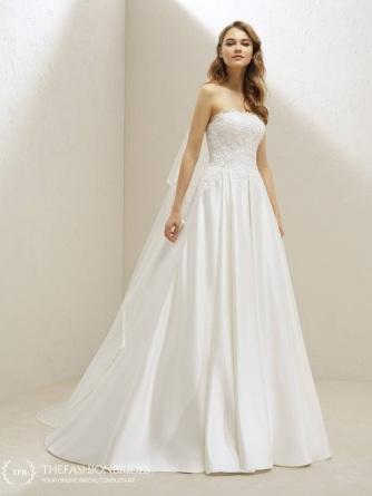 d08c5bc8449 pronovias-one-2019-spring-bridal-collection-48