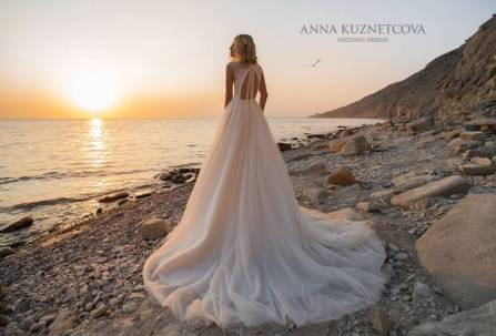 kuznetcova-2019-spring-bridal-collection-081